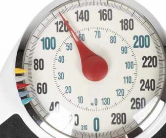 Incrementar la tasa metabólica basal.