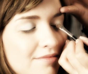 Cómo aplicar la sombra de ojos: cómo aplicarla